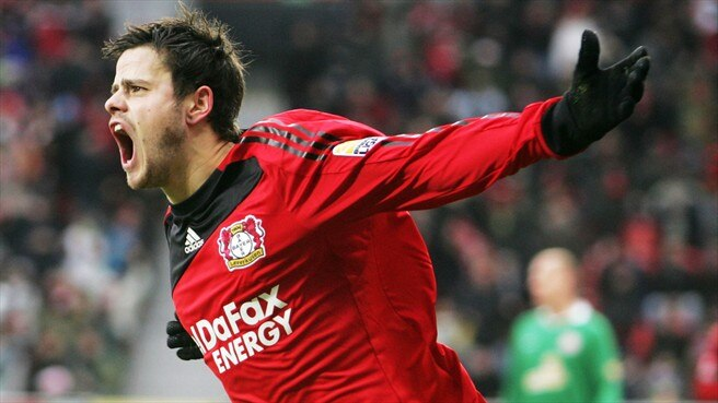 Leverkusen respond to Bayern move