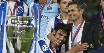 José Mourinho (right) and Paulo Ferreira celebrate Porto's triumph in 2004