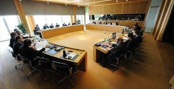 Nineteen committees help shape UEFA's policies