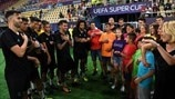 Super Cup - Madrid players learn sign language