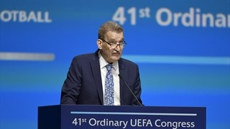 European football mourns Pertti Alaja
