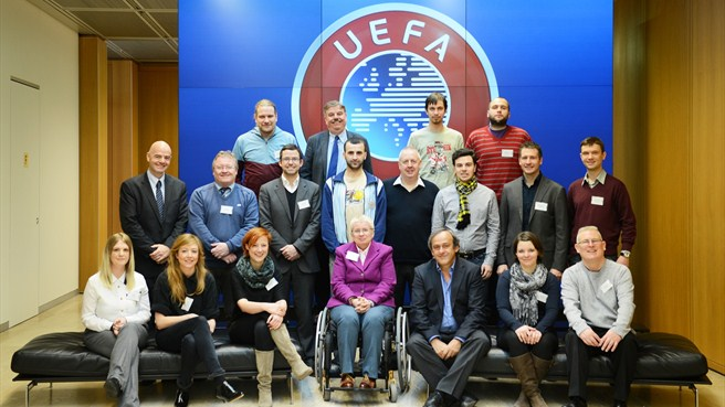 UEFA meets supporters' groups