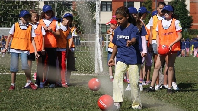 Girls football in Bosnia