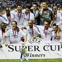 http://www.uefa.com/multimediafiles/photo/competitions/supercup/394170_mediumsquare.jpg